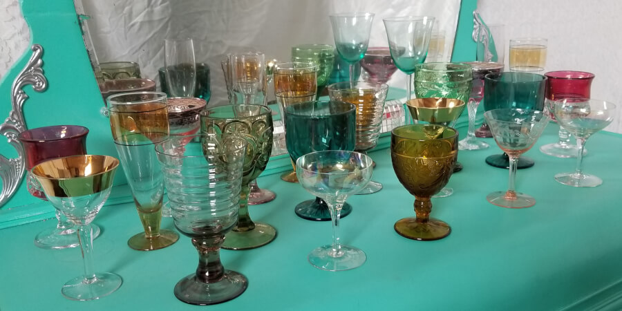 Miscellaneous Mix & Match Glassware | Uniquely Chic Vintage Rentals
