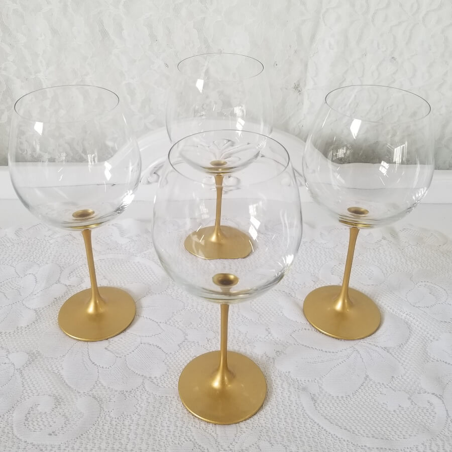 Mix & Match Gold Accent  Glassware | Uniquely Chic Vintage Rentals