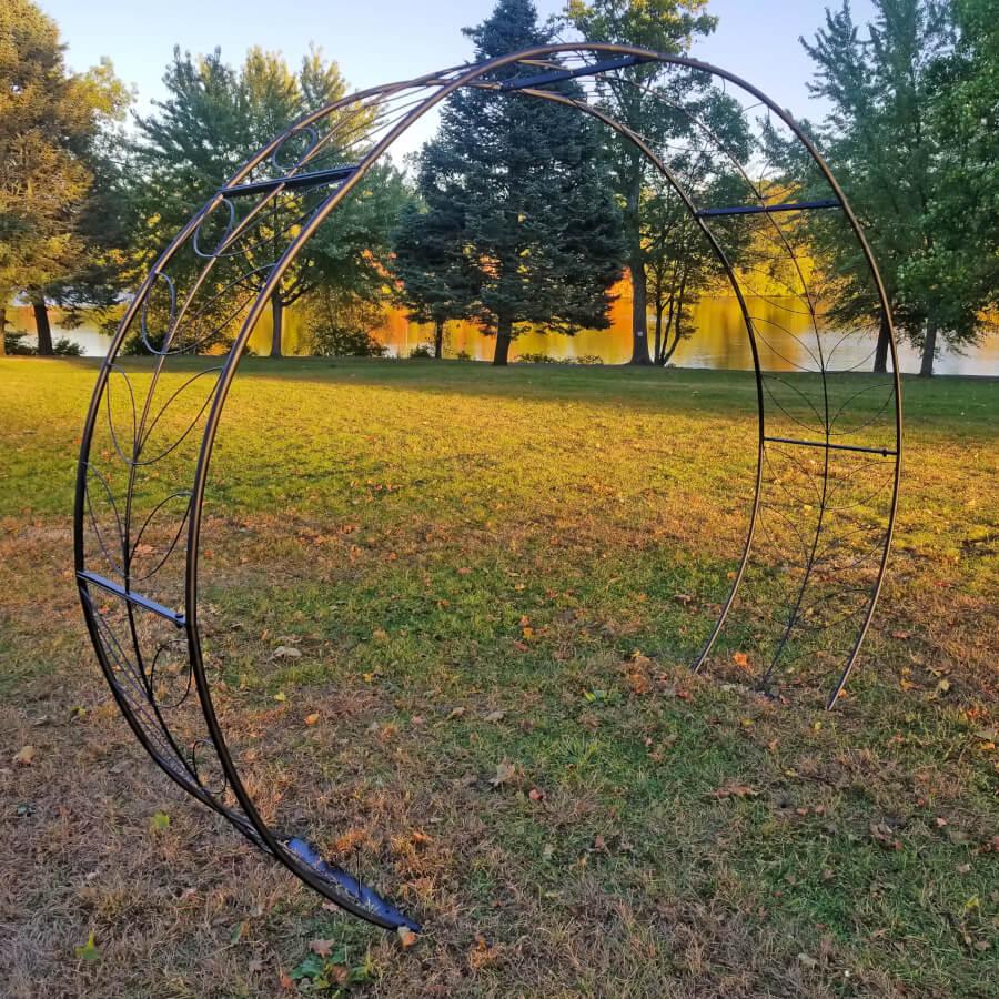 Round Moon Arch | Uniquely Chic Vintage Rentals